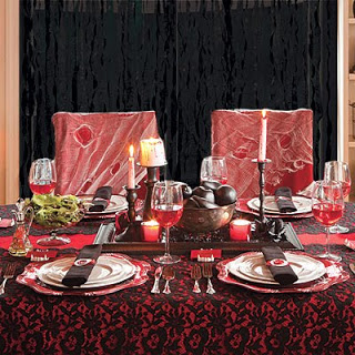 Halloween una tavola da brivido aaa cercasi creativita - Si mette in tavola si taglia ma non si mangia ...